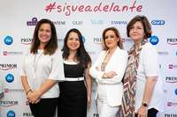 Valle López Quesada, Dtra. de Desarrollo de Negocio de Womenalia, Dolores Serrano, Businnes Unit Manager Beauty Channel at Procter&Gamble, María Luisa Chacón, Group Manager at Procter&Gamble, María Gómez del Pozuelo, CEO de Womenalia